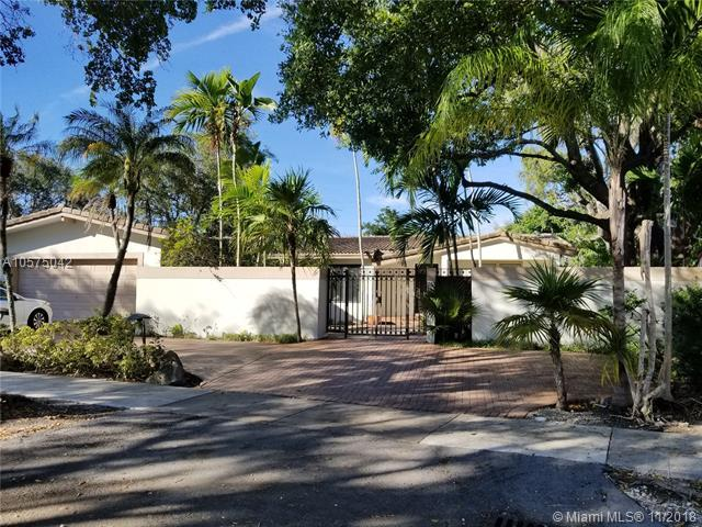 25 Samana Dr, Miami, FL 33133 (MLS #A10575042) :: The Riley Smith Group