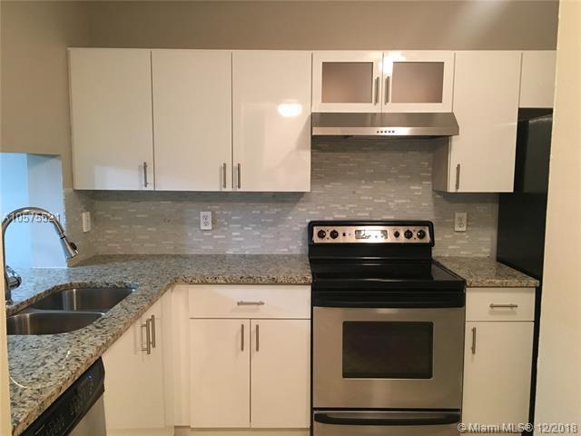 114 Lake Emerald Dr #405, Oakland Park, FL 33309 (MLS #A10575521) :: Castelli Real Estate Services