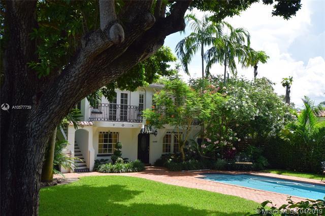 1100 NE 91 TER, Miami Shores, FL 33138 (MLS #A10577739) :: Castelli Real Estate Services