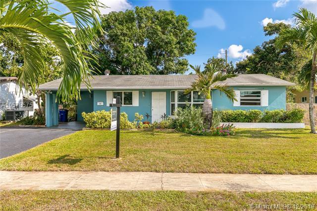 604 NW 66th Ave, Margate, FL 33063 (MLS #A10578575) :: Century 21 Keystone Realty