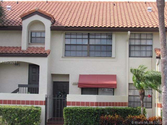 305 Republic Ct #305, Deerfield Beach, FL 33442 (MLS #A10579261) :: The Riley Smith Group