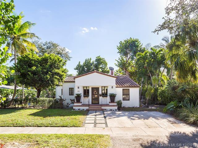 286 NE 99th St, Miami Shores, FL 33138 (MLS #A10580895) :: The Jack Coden Group