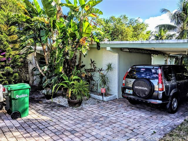 600 SW 55th Ave, Margate, FL 33068 (MLS #A10581791) :: Green Realty Properties