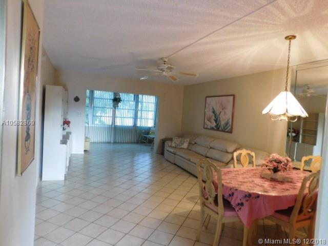 7787 Golf Cir Dr #202, Margate, FL 33063 (MLS #A10582860) :: Miami Villa Team