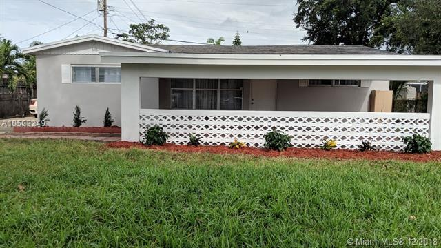 6461 Evans St, Hollywood, FL 33024 (MLS #A10583249) :: Green Realty Properties