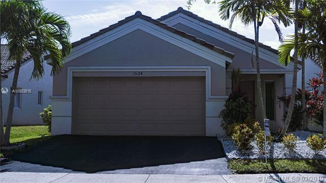 1524 Canary Island Dr, Weston, FL 33327 (MLS #A10583815) :: The Teri Arbogast Team at Keller Williams Partners SW