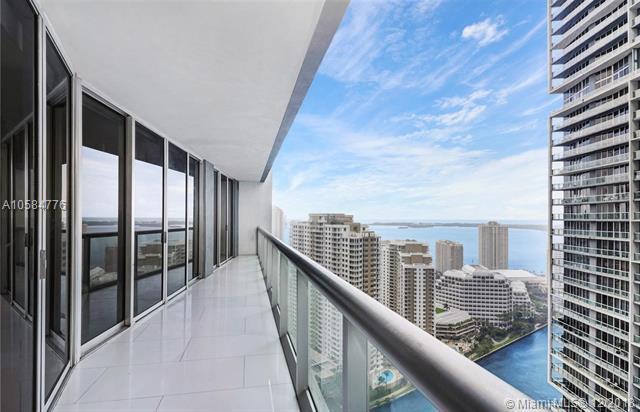 475 Brickell Ave #3709, Miami, FL 33131 (MLS #A10584776) :: Green Realty Properties
