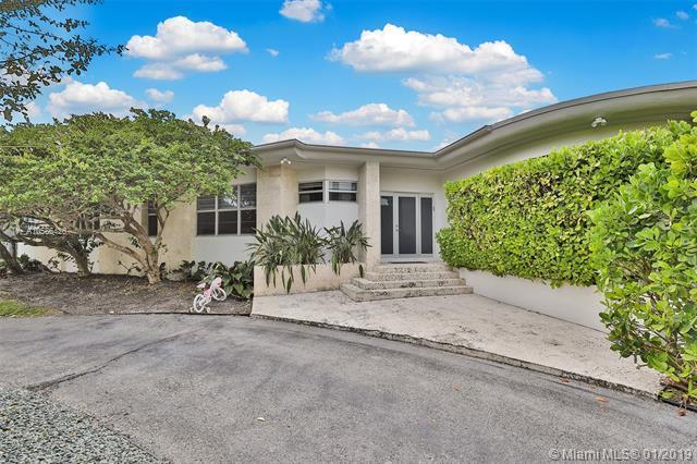 10040 E Broadview Dr, Bay Harbor Islands, FL 33154 (MLS #A10586426) :: Grove Properties