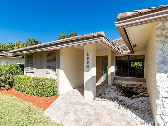 1530 Lakeview Cir, Coral Springs, FL 33071 (MLS #A10590804) :: The Teri Arbogast Team at Keller Williams Partners SW
