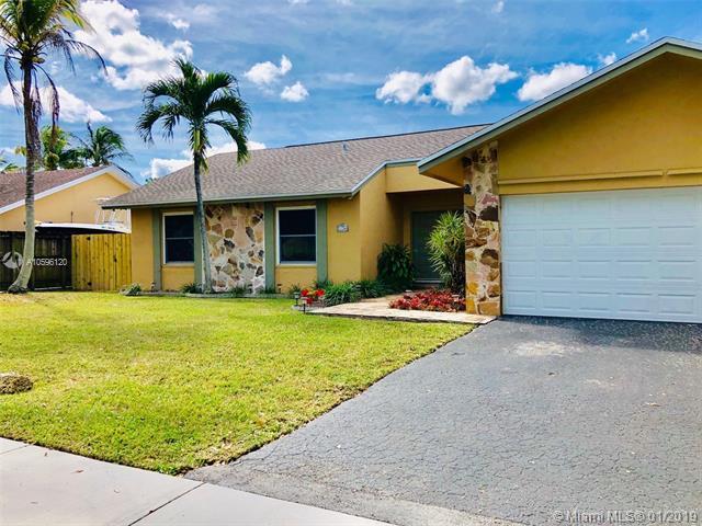 11244 SW 128th Ct, Miami, FL 33186 (MLS #A10596120) :: The Paiz Group