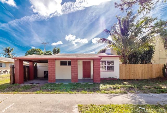 516 NW 13th St, Fort Lauderdale, FL 33311 (MLS #A10597129) :: The Teri Arbogast Team at Keller Williams Partners SW