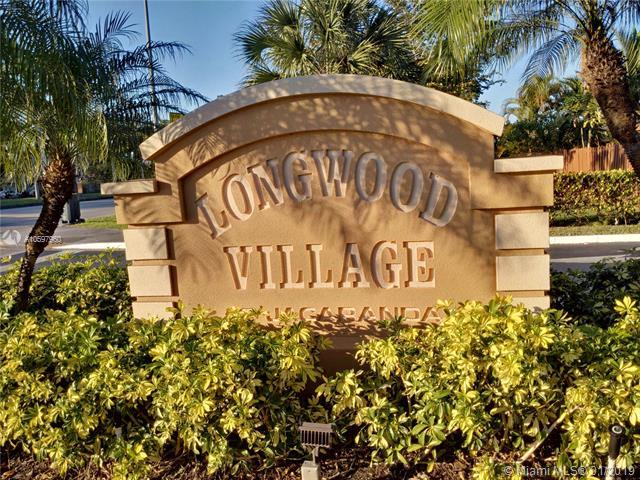 843 NW 79th Ter #843, Plantation, FL 33324 (MLS #A10597960) :: The Teri Arbogast Team at Keller Williams Partners SW
