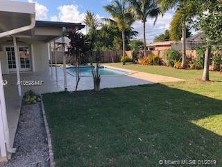 5321 SW 9th Ct, Plantation, FL 33317 (MLS #A10598447) :: Prestige Realty Group