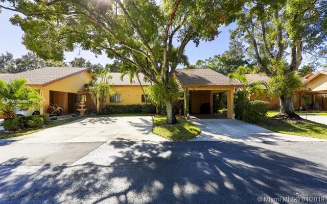 1814 Tamarind Ln, Coconut Creek, FL 33063 (MLS #A10599647) :: The Teri Arbogast Team at Keller Williams Partners SW