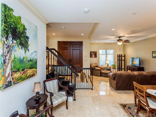7561 SW 56th Ct #0, Miami, FL 33143 (MLS #A10601101) :: The Adrian Foley Group