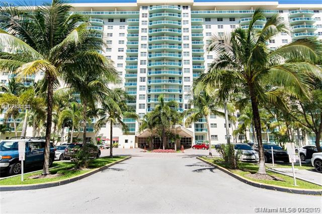 19390 Collins Ave #1101, Sunny Isles Beach, FL 33160 (MLS #A10601388) :: Ray De Leon with One Sotheby's International Realty