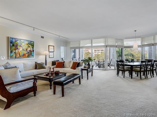 735 Crandon Blvd #404, Key Biscayne, FL 33149 (MLS #A10603184) :: Carole Smith Real Estate Team