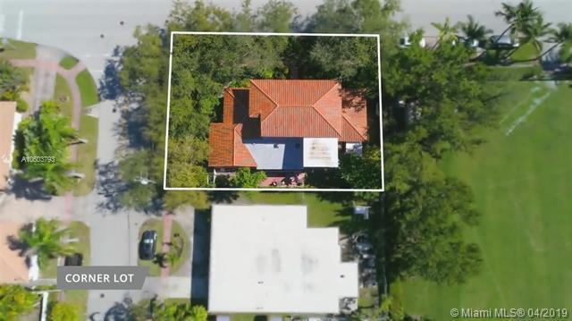 4202 N Meridian Ave, Miami Beach, FL 33140 (MLS #A10603793) :: The Brickell Scoop