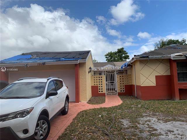 Hialeah, FL 33015 :: Grove Properties