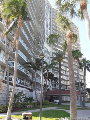 2451 Brickell Ave 4L, Miami, FL 33129 (MLS #A10605346) :: Castelli Real Estate Services