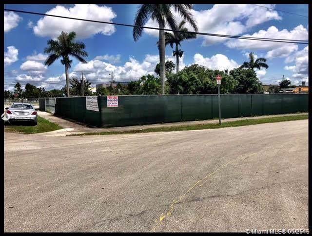 306 NE 1st Rd, Homestead, FL 33030 (MLS #A10606826) :: The Teri Arbogast Team at Keller Williams Partners SW