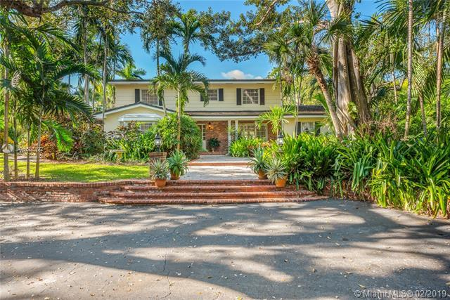11140 Snapper Creek Rd, Coral Gables, FL 33156 (MLS #A10608192) :: The Maria Murdock Group