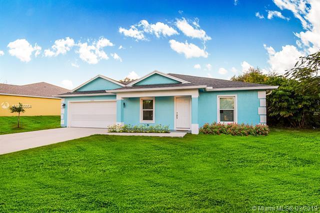 1318 NE Sago Dr, Jensen Beach, FL 34957 (MLS #A10608854) :: RE/MAX Presidential Real Estate Group
