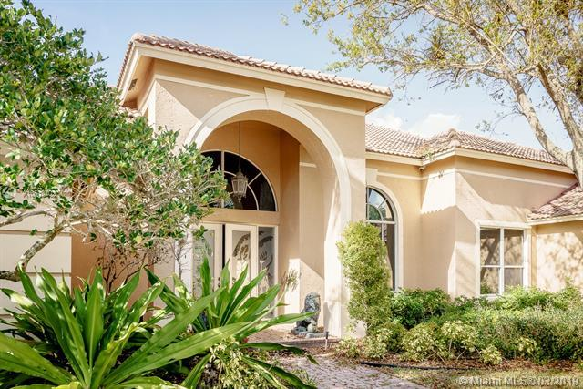 2978 Wentworth, Weston, FL 33332 (MLS #A10610402) :: The Teri Arbogast Team at Keller Williams Partners SW