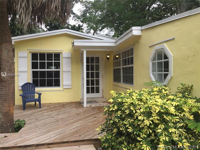 3841 Kumquat Ave, Coconut Grove, FL 33133 (MLS #A10610428) :: The Jack Coden Group