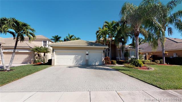 7482 Brunswick Cir, Boynton Beach, FL 33472 (MLS #A10612796) :: RE/MAX Presidential Real Estate Group
