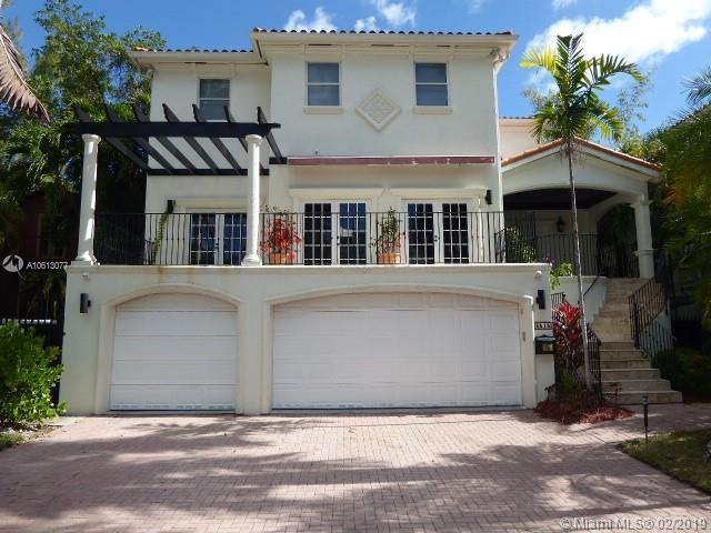 3515 E Fairview St, Coconut Grove, FL 33133 (MLS #A10613077) :: The Riley Smith Group