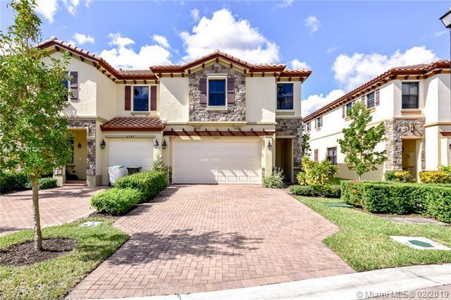 6951 Halton Park Ln #6951, Coconut Creek, FL 33073 (MLS #A10613263) :: Berkshire Hathaway HomeServices EWM Realty