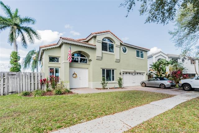 2611 Regalia Way, Cooper City, FL 33026 (MLS #A10614730) :: Green Realty Properties