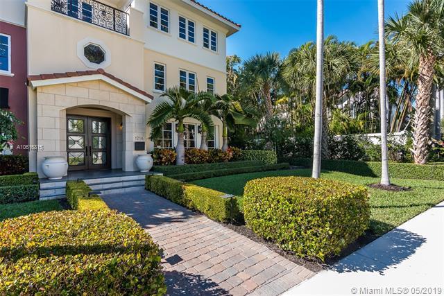 1216 Palm Trl F, Delray Beach, FL 33483 (MLS #A10616815) :: The Paiz Group