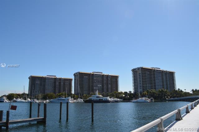 3 Grove Isle Dr C604, Miami, FL 33133 (MLS #A10619507) :: Miami Lifestyle
