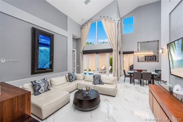 1506 Breakwater Terrace, Hollywood, FL 33019 (MLS #A10621370) :: Green Realty Properties