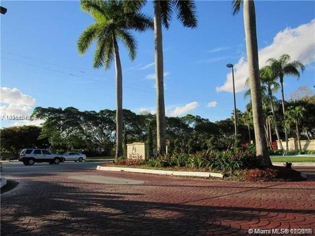 9925 Nob Hill Ct #9925, Sunrise, FL 33351 (MLS #A10621575) :: Castelli Real Estate Services