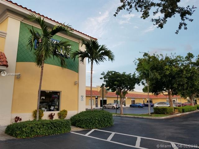 660 NW 40th Ave #4, Plantation, FL 33311 (MLS #A10622050) :: Grove Properties
