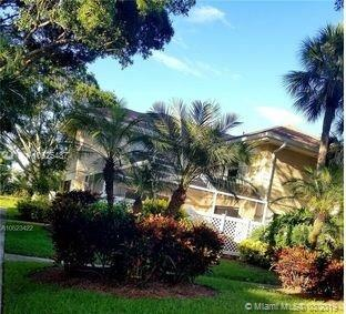 4904 Roxbury Ct, Boynton Beach, FL 33436 (MLS #A10625487) :: Grove Properties