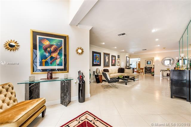 550 W 51st St, Miami Beach, FL 33140 (MLS #A10625709) :: Grove Properties