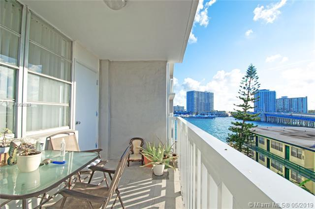 2016 Bay Dr #404, Miami Beach, FL 33141 (MLS #A10626089) :: RE/MAX Presidential Real Estate Group