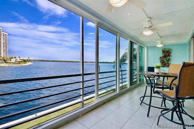 36 Yacht Club Dr #307, North Palm Beach, FL 33408 (MLS #A10626854) :: The Paiz Group