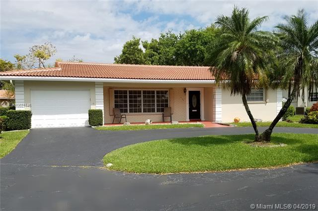 7149 E Tropical Way, Plantation, FL 33317 (MLS #A10631146) :: The Paiz Group