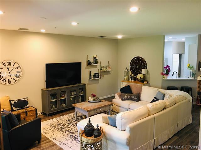 104 Lighthouse Cir E, Tequesta, FL 33469 (MLS #A10634535) :: The Paiz Group