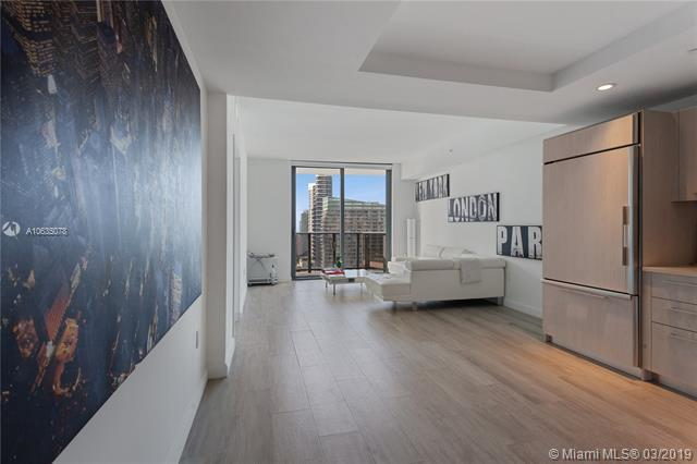 45 SW 9th St #3205, Miami, FL 33130 (MLS #A10635078) :: Ray De Leon with One Sotheby's International Realty