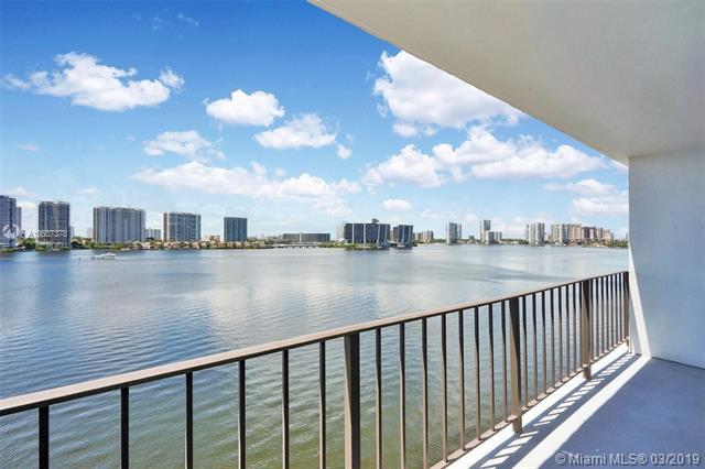17720 N Bay Road #803, Sunny Isles Beach, FL 33160 (MLS #A10637378) :: Laurie Finkelstein Reader Team