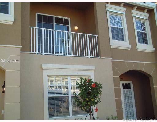 5815 Hampton Hills Blvd #5815, Tamarac, FL 33321 (MLS #A10637583) :: Berkshire Hathaway HomeServices EWM Realty