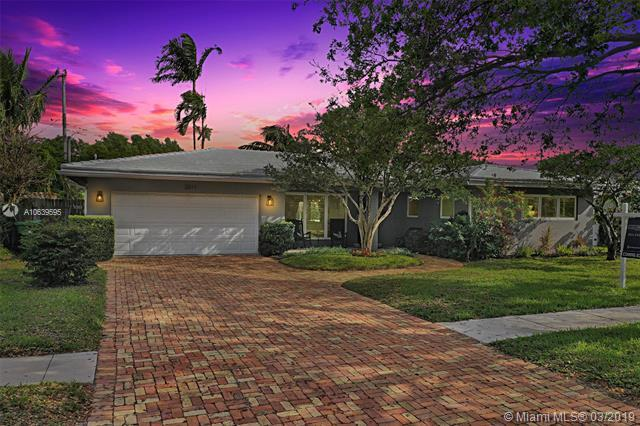 2211 NE 52nd St, Fort Lauderdale, FL 33308 (MLS #A10639595) :: RE/MAX Presidential Real Estate Group