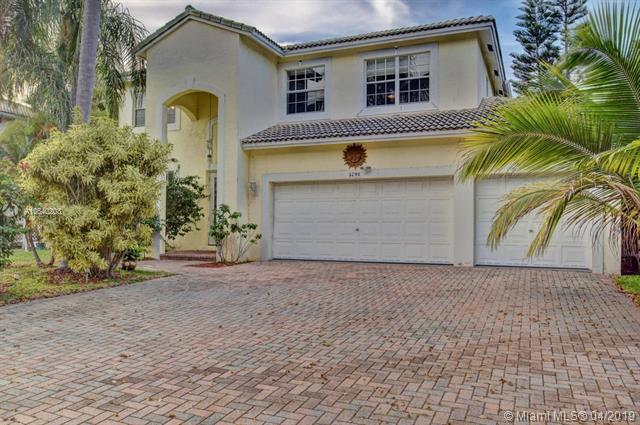 5791 NW 48th Ct, Coral Springs, FL 33067 (MLS #A10640203) :: The Paiz Group