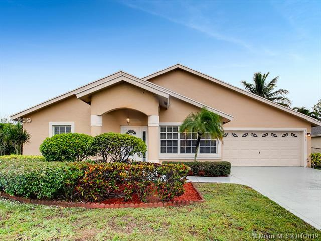 1188 Landings Run, Green Acres, FL 33413 (MLS #A10642469) :: The Paiz Group